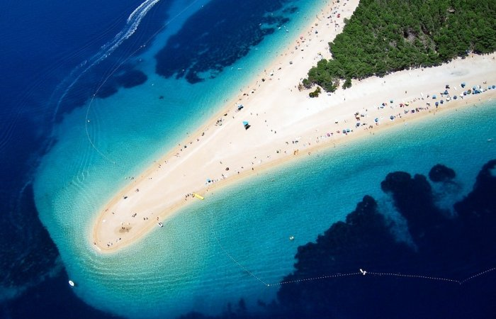 The Ultimate Guide to Zlatni Rat Beach Croatia