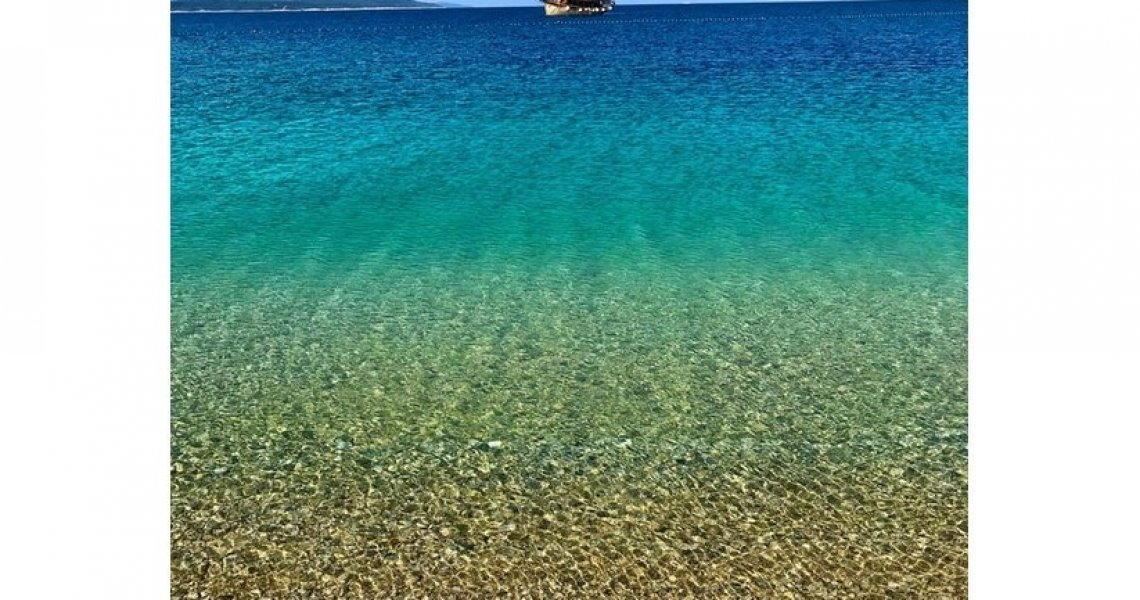 Photo of Zlatni rat on Reddit