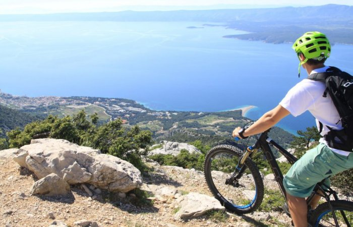 Red Bull about bike trails on island of Brač